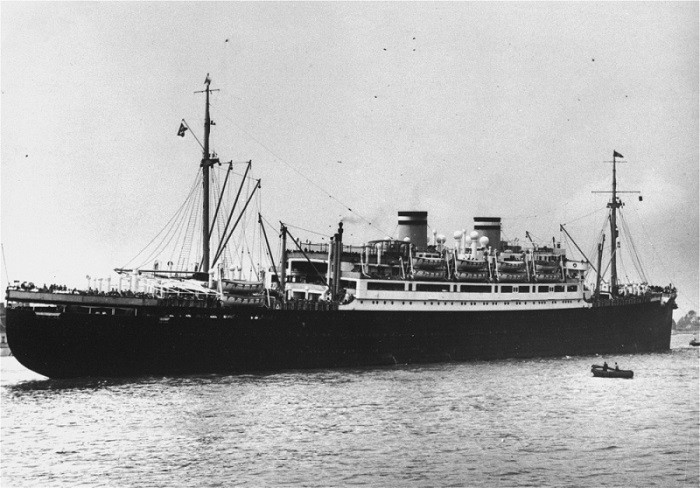 The St. Louis arrives in Antwerp, Belgium on June 17, 1939, after being turned away from Cuba and the United States. (USHMM, Bibliotheque Historique de la Ville de Paris)